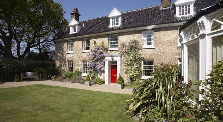 Family holidays in norfolk incleborough house for Luxury holiday rentals uk